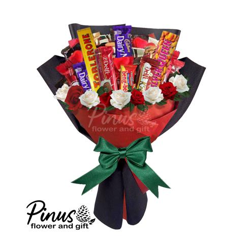 Hand Bucket Surabaya - Delicious Christmas Hand Bouquet
