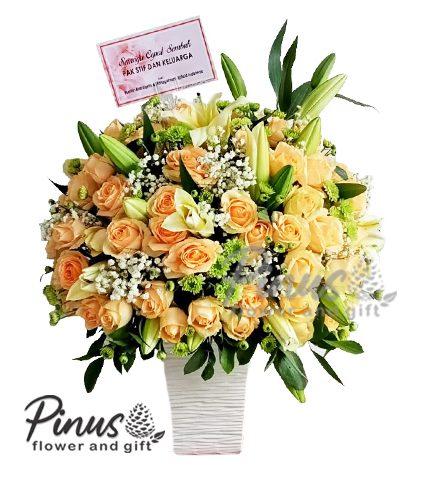 Bunga Meja Surabaya - Premium Rose in Vase