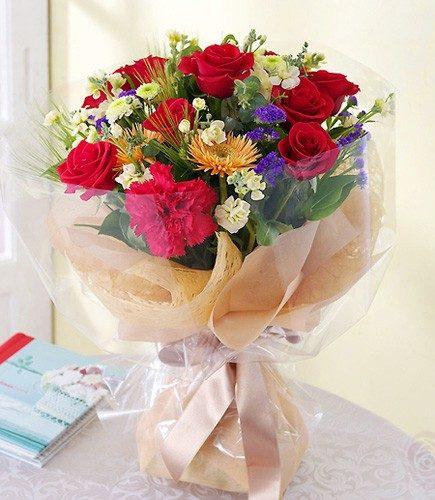 Hand Bouquet 002