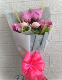 Hand Bouquet 01