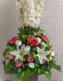 bunga meja snapdragon putih