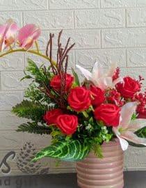 bunga meja rangka anggrek