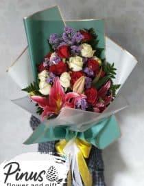 Hand Bucket Surabaya - With Love Bouquet