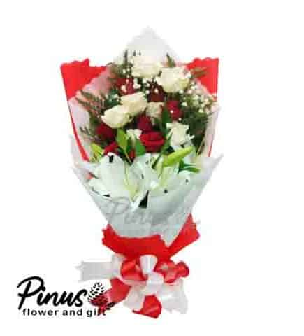 Home Hand Bouquet - Blooming Rose
