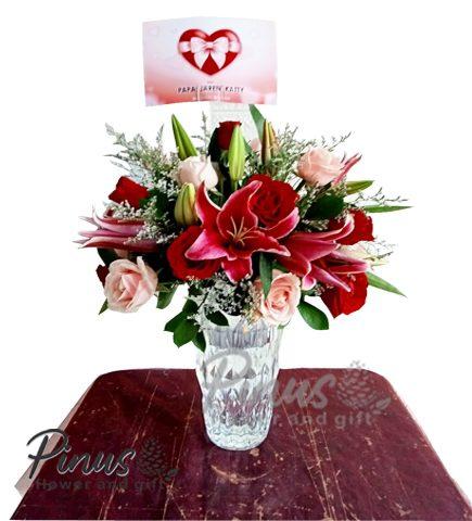 Bunga Meja Surabaya - Bravery Rosy in Vase